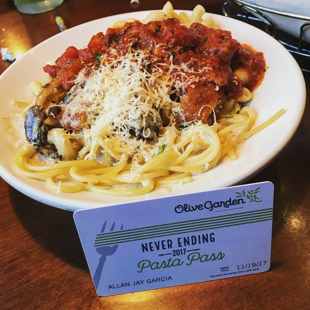Olive Garden Pasta Pass Experience Triversity Weddings Photography
